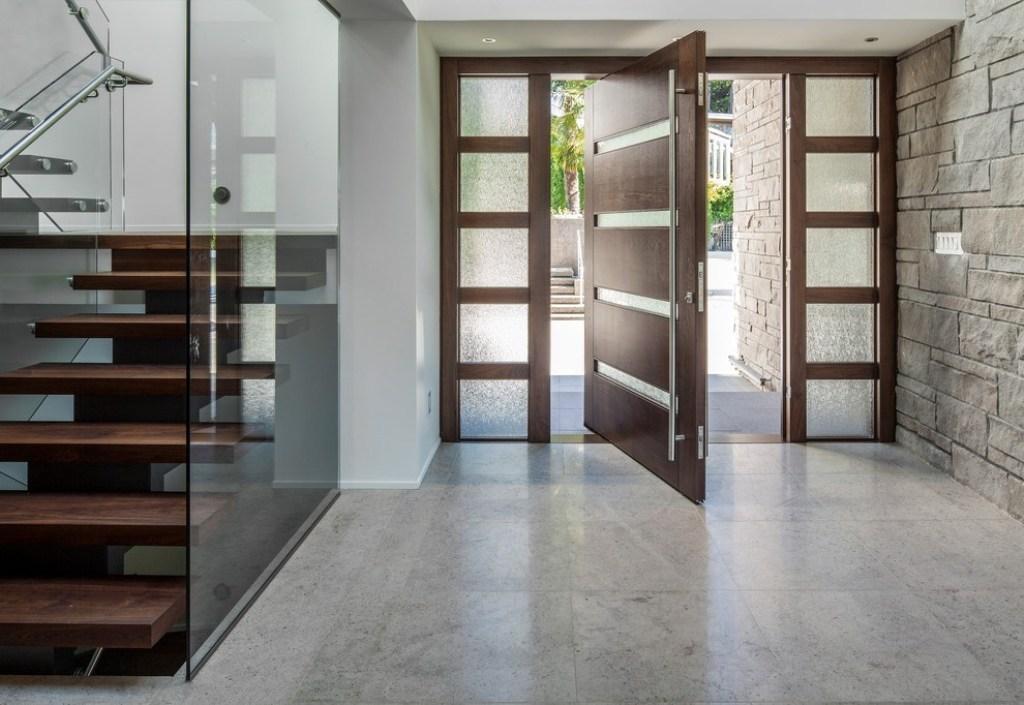 Полезни съвети при избор на врата