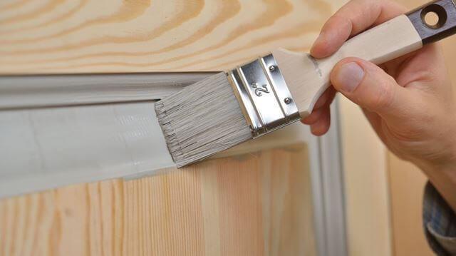 Боядисване на интериорна врата