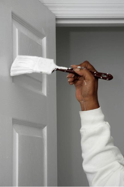 Боядисване на врата