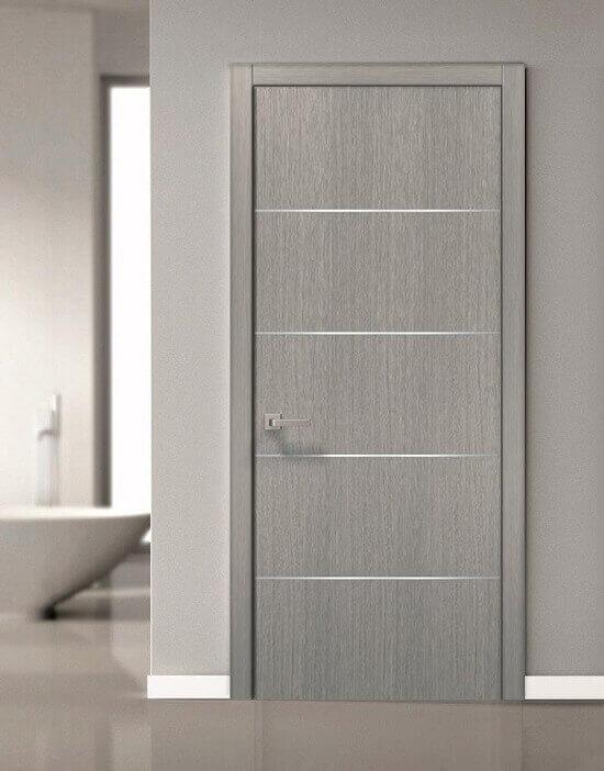 Елегантна интериорна врата